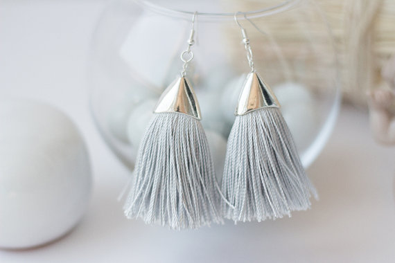 Tassel Earrings Grey Silk Earrings Textile di FunnyMoonBijoux
