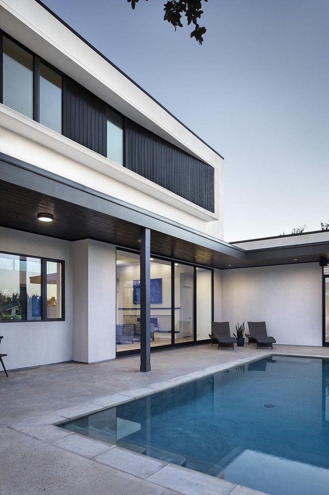 Gallery of Lakeway Residences / Clark Richardson Architects - 14