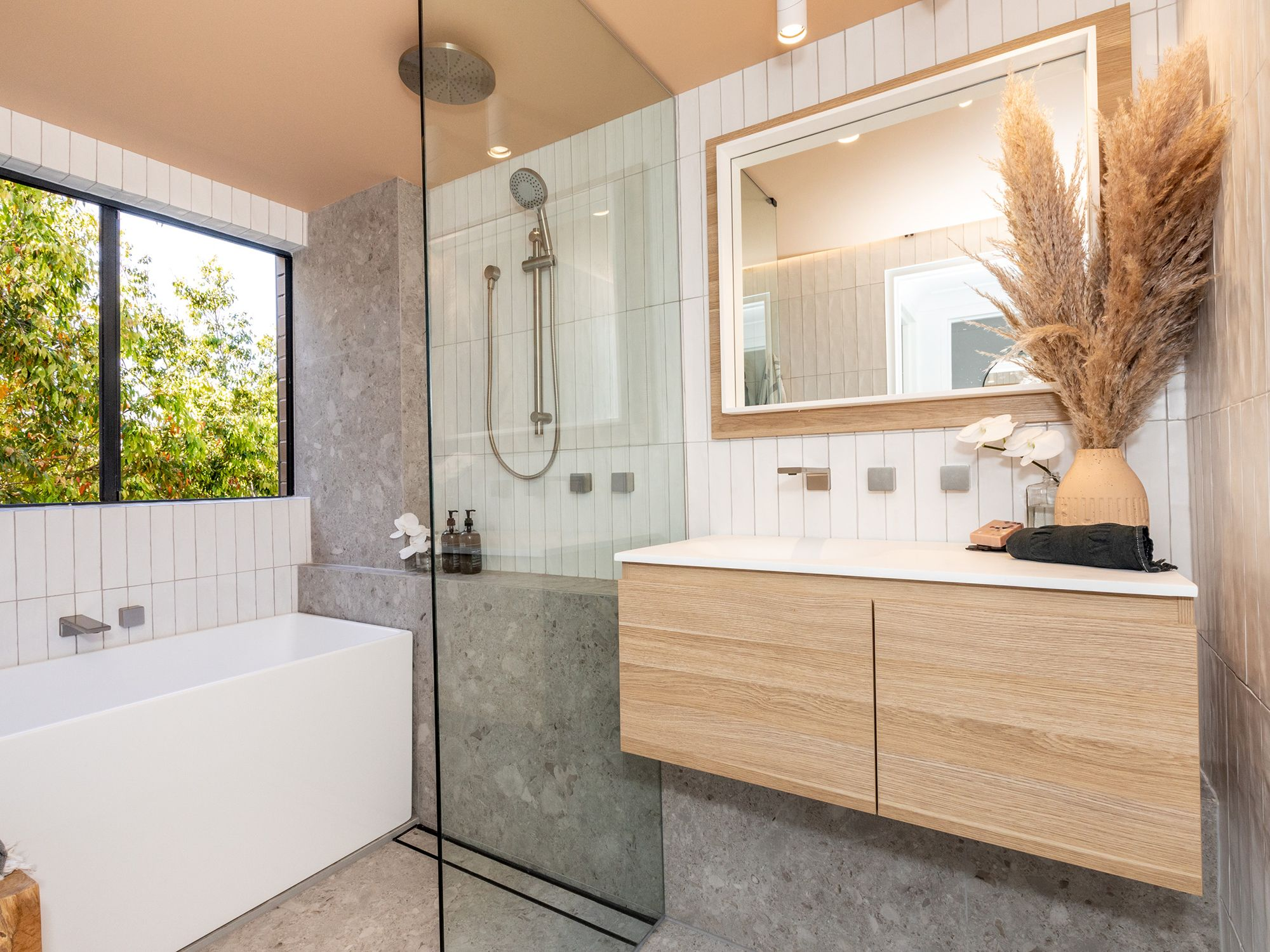 The 10 Commandments of a Bathroom Reno for Resale   Modern bathroom renovations, Bathroom renos ...