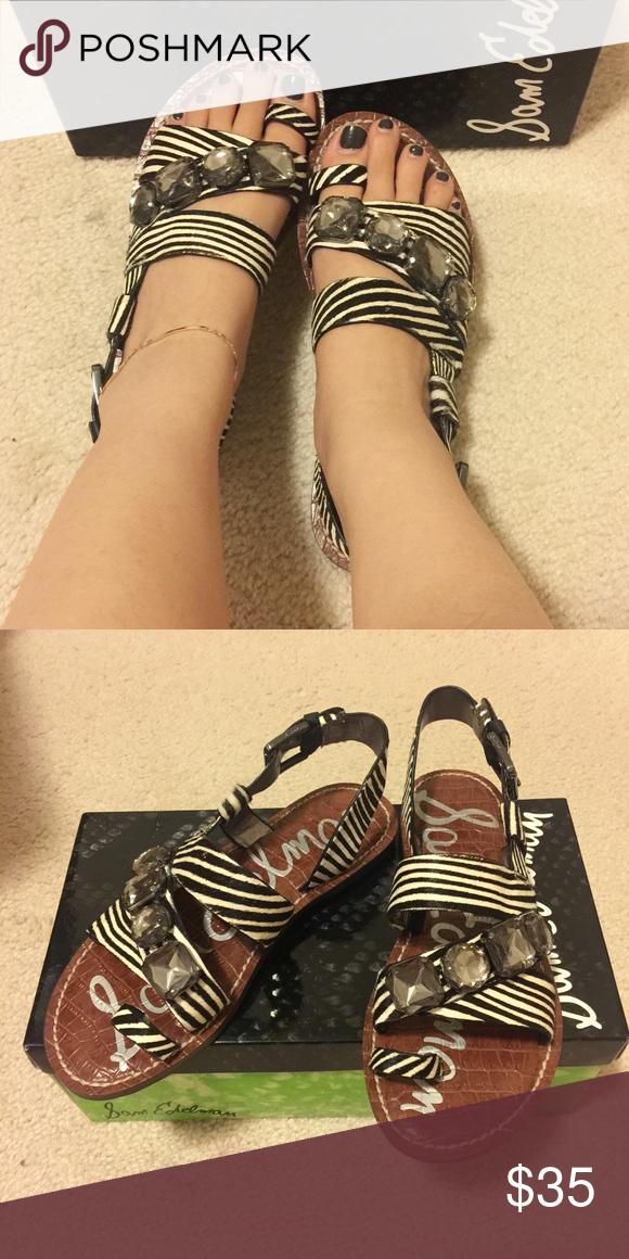 719742ed699 Nwt Sam Edelman sandals Brand new in box Very cute black and white ...