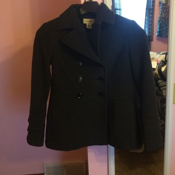 A winter pea coat by St. John's bay. Dark grey peacoat. Only wore a few times in great condition! Size xs but fits bigger so you can wear layers underneath. St. John's Bay Jackets & Coats Pea Coats