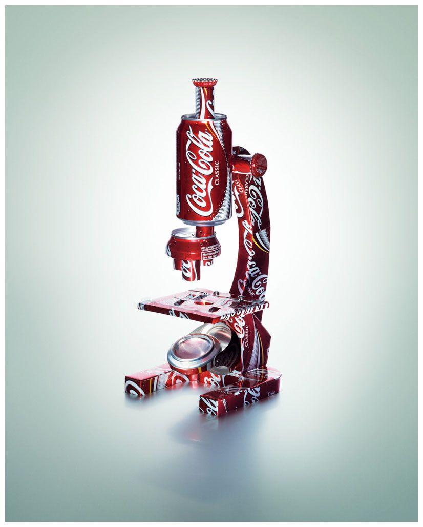 efa531f7ed Microscopio hecho con latas de Coca-Cola por el artista Greg Slater ...