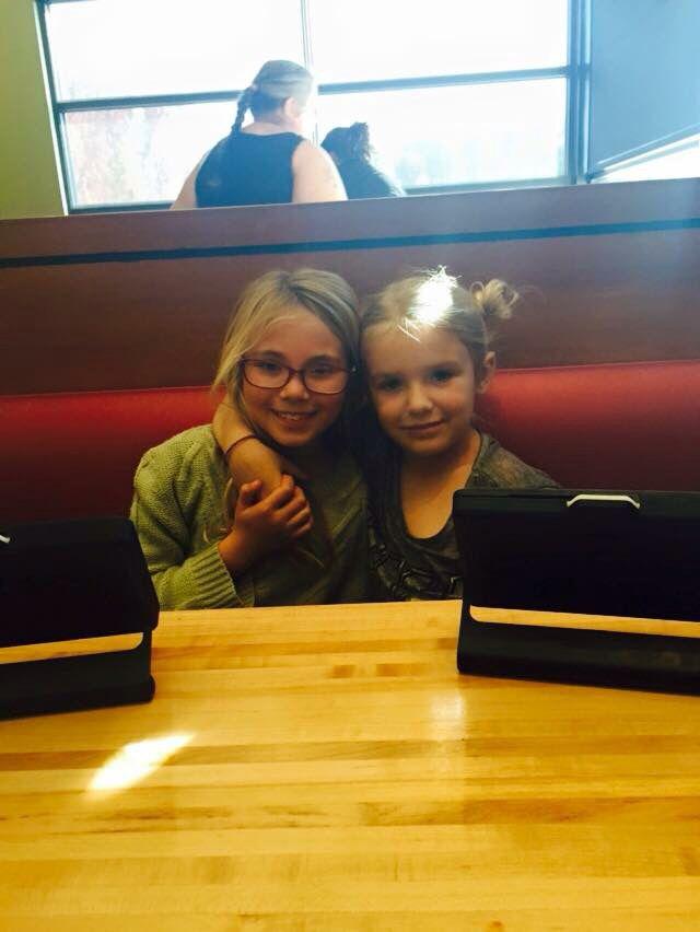 Jade and Audrey at Chilis