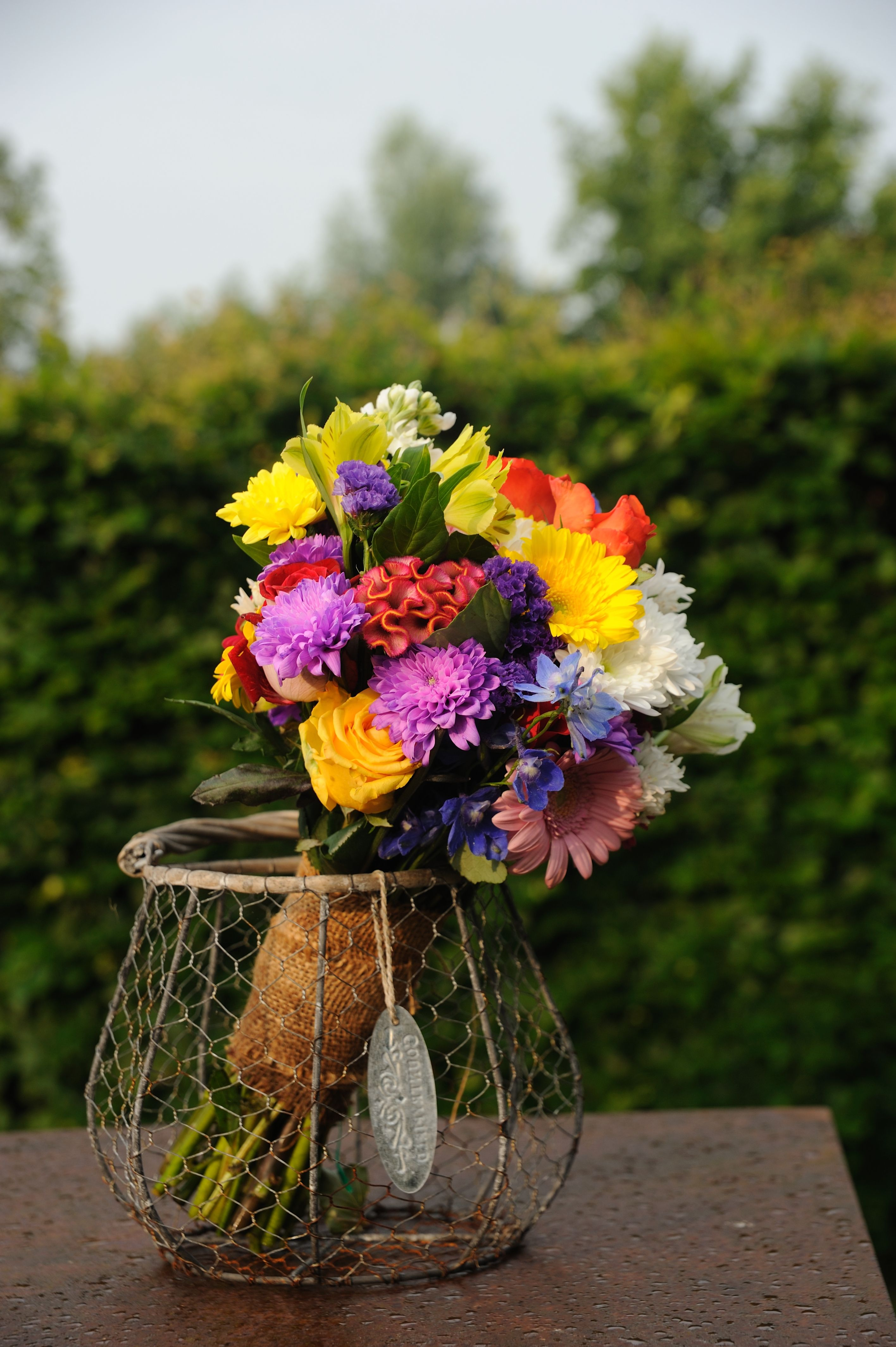 062112 Made My Own Wedding Bouquet With Very Cheap Flowers From