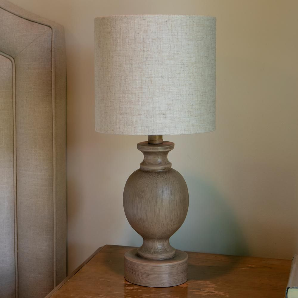 Decor Therapy Farmhouse Barrel 19 25 In Beige Table Lamp With