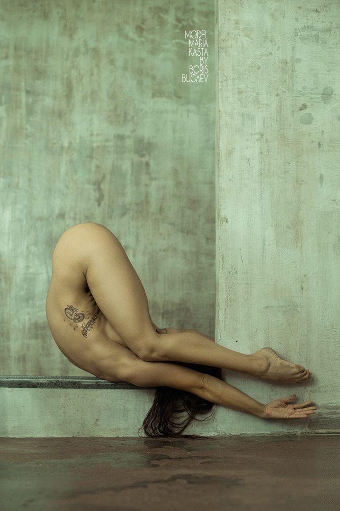 Angle boris naked
