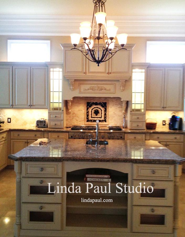 Dream Kitchen Design With Chateau Grape Backsplash