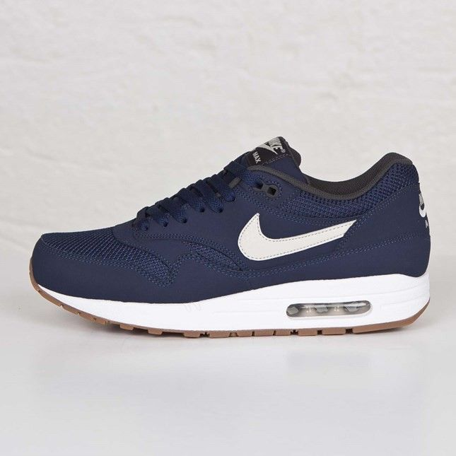 the latest 8b497 d2807 537383-401 Mens Nike Air Max 1 Essential Midnight Navy Light Bone White  Trainers