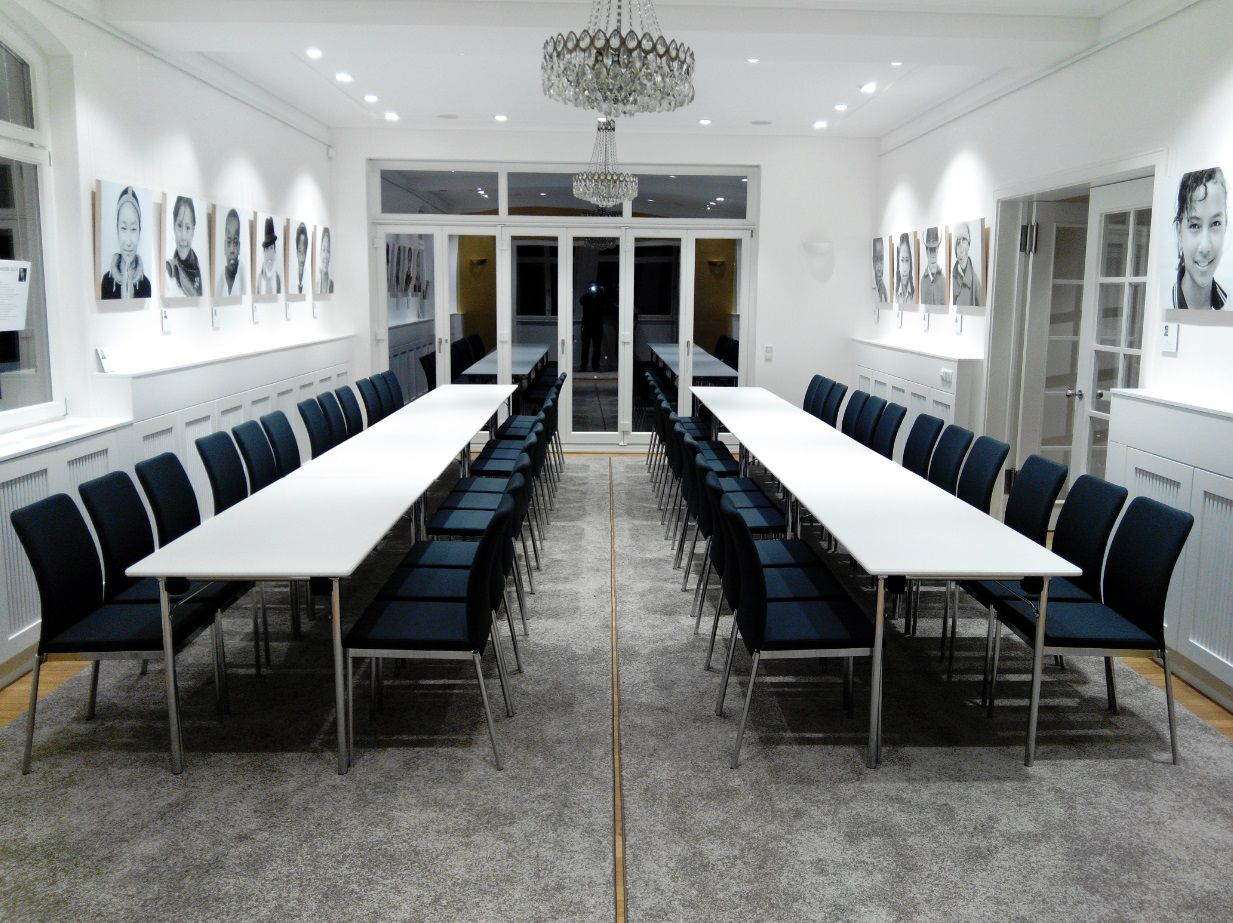 Evosa chairs laid out in this stunning #meeting room at the Villa ...