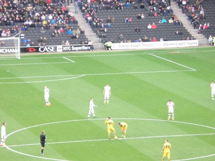 MK Dons 1 Fulham 1 21st November 2015 at Stadium MK