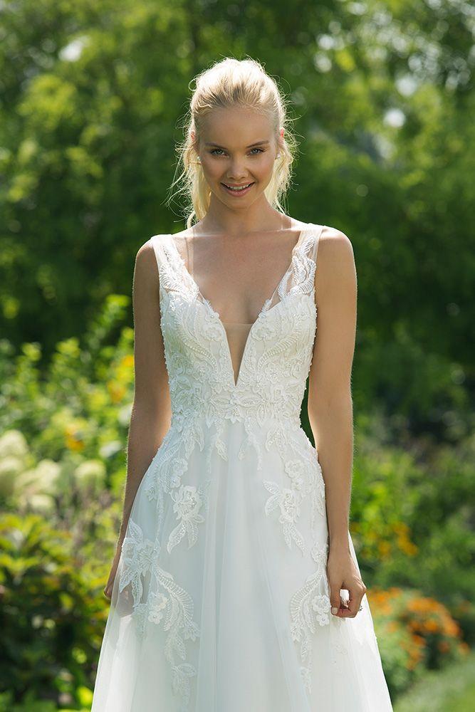 Sweetheart Brautmoden Tirol Brautkleider Hochzeit Spitze