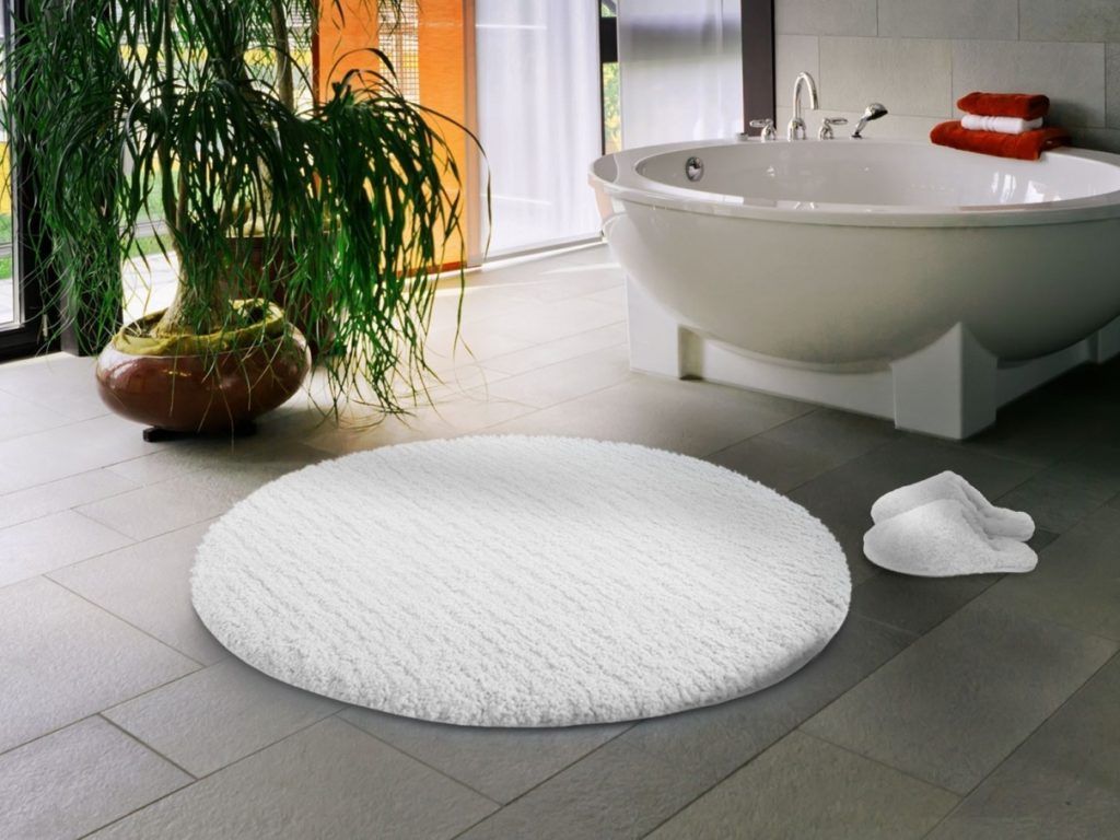 Small Round Bath Mats Or Rugs Bath Rugs Vanities Pinterest - Bath mats and rugs for bathroom decorating ideas