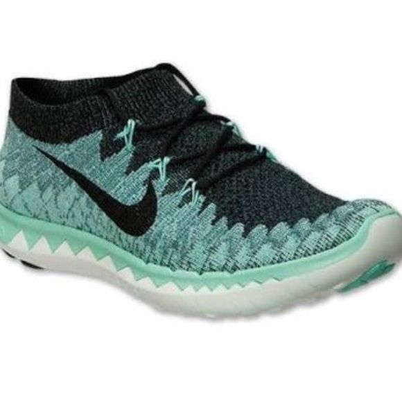 a243b68f94332 Nike free 3.0 flyknit Beautiful sneakers! Very comfy