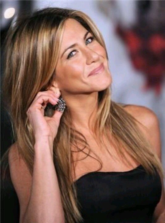 Jennifer Aniston Brown Hair With Highlights