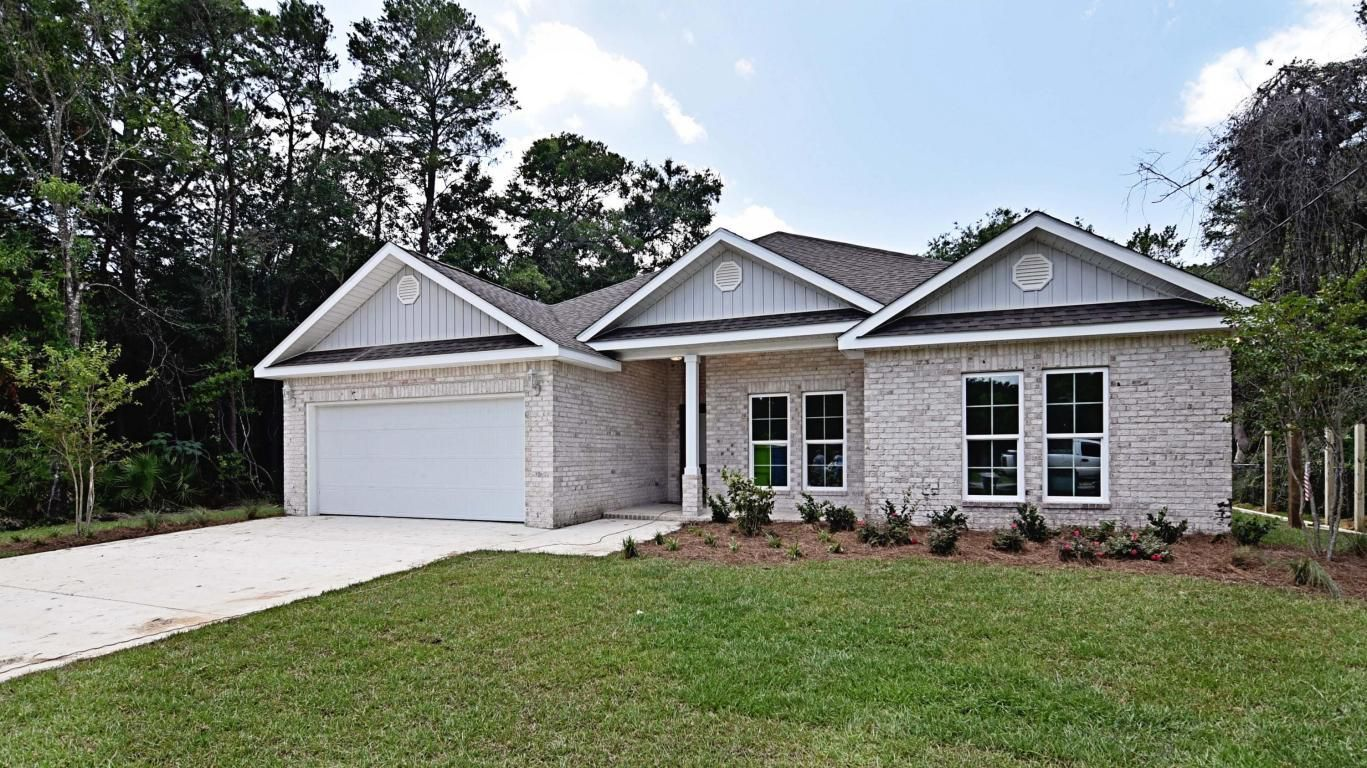 This new home is recently completed, convenient to Eglin