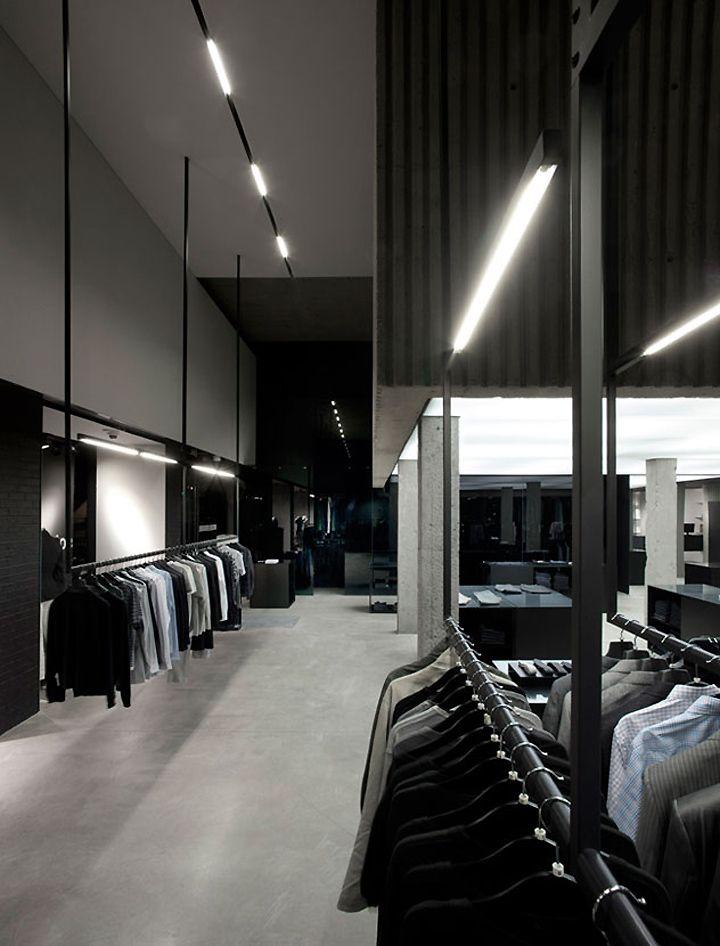 Michel Brisson Boutique By Saucier Perrotte Architectes Montreal Interieurs De Magasins Architecte Modele De Magasin De Detail