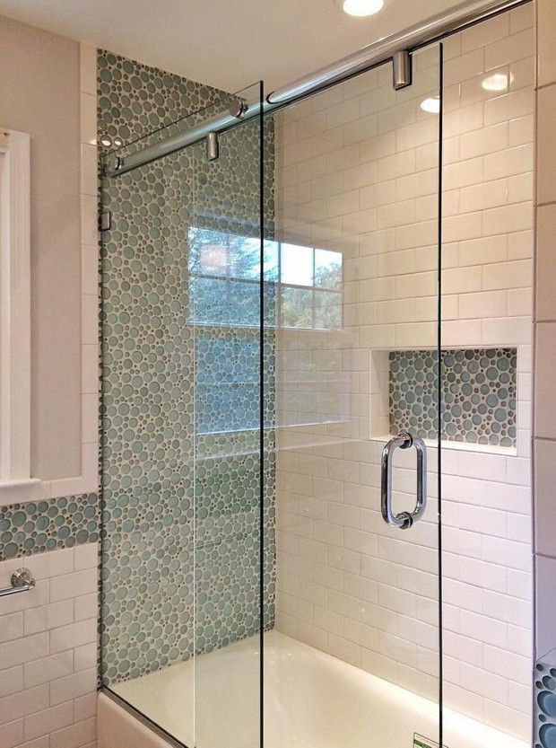 Small Bathrooms Shower Doors And Enclosures Small Bathroom Designs Bathroom Shower Doors Small Bathroom Small Bathroom With Shower