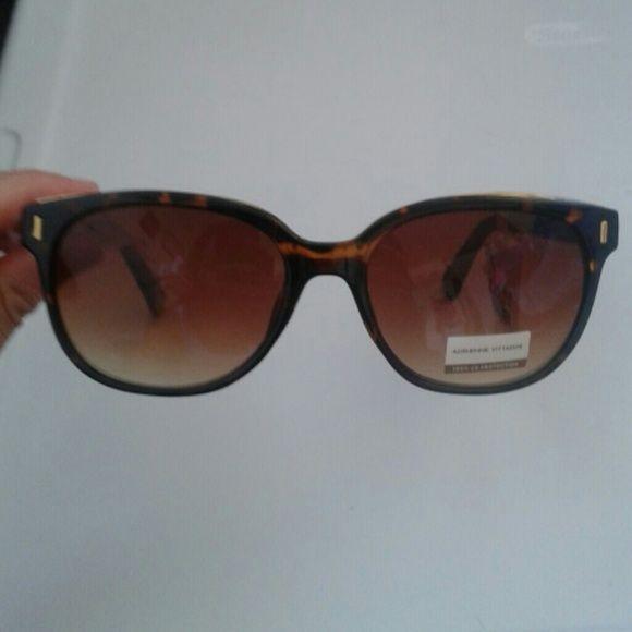 35fd3ded61 Adrienne Vittadini sunglasses Brand new with tag.100% UV protection Adrienne  Vittadini Accessories Sunglasses