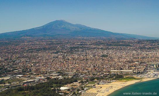 Catania Und Vulkan Atna Aus Der Luftperspektive Reisen Sizilien