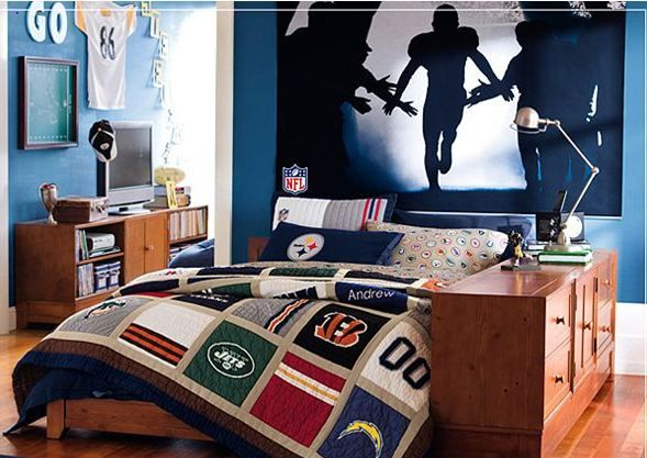 Teens Bedroom American Football Theme For Your Teen Boys Bedroom: Behind  The Field Teen Boys Bedroom Idea With Stadium Shade Euphoria Wallpaper And  Tactic ...