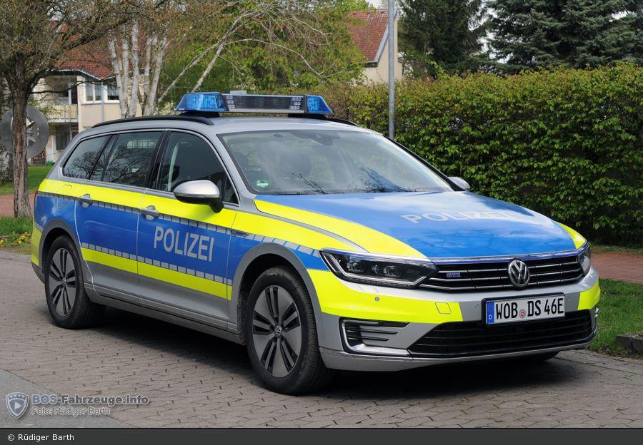 funkstreifenwagen fustw polizei hannover misburg testfahrzeug volkswagen passat b8 gte. Black Bedroom Furniture Sets. Home Design Ideas