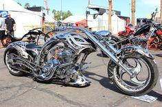 Fantasma Del Lago By Drivenbychaos On Deviantart Custom Motorcycles Motorcycle Custom Bikes