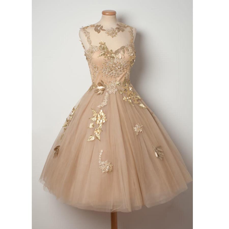 Champange sleeveless unique applique mini short homecoming dresses