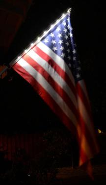 Solar Powered Flag Pole Light Kit With Us Flag Flagpole Lighting