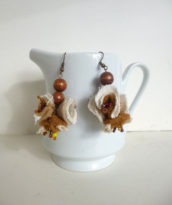 Brown and beige dangling earrings bohemian от Cesart64 на Etsy