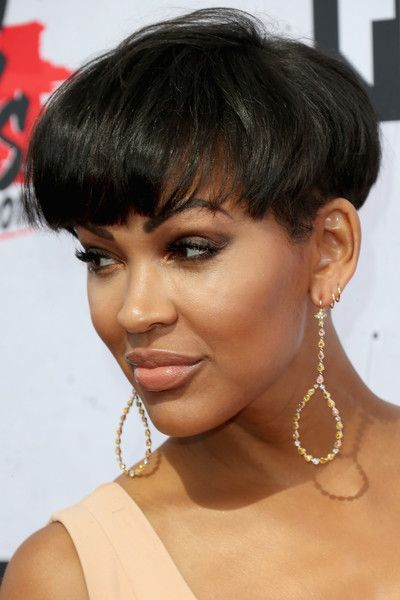 Meagan Good Photos Photos Iheartradio Music Awards Arrivals Meagan Good Short Hair Cool Short Hairstyles Hair Styles