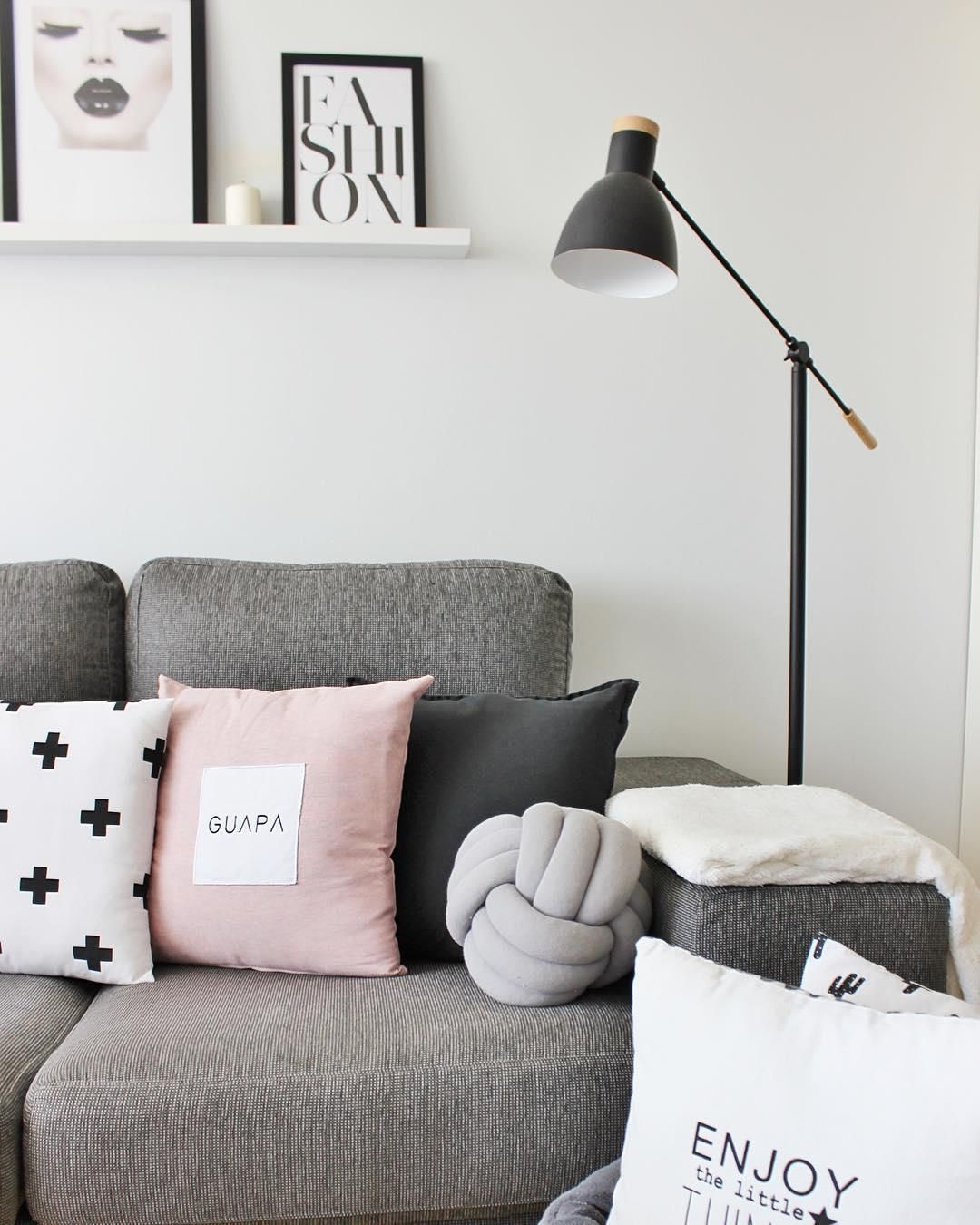 Sofaworks Westfield Stratford Fix A Sofa Bed We Love Pastell Besonders Im Winter Das Kissen Knot Von Design House Stockholm Ist