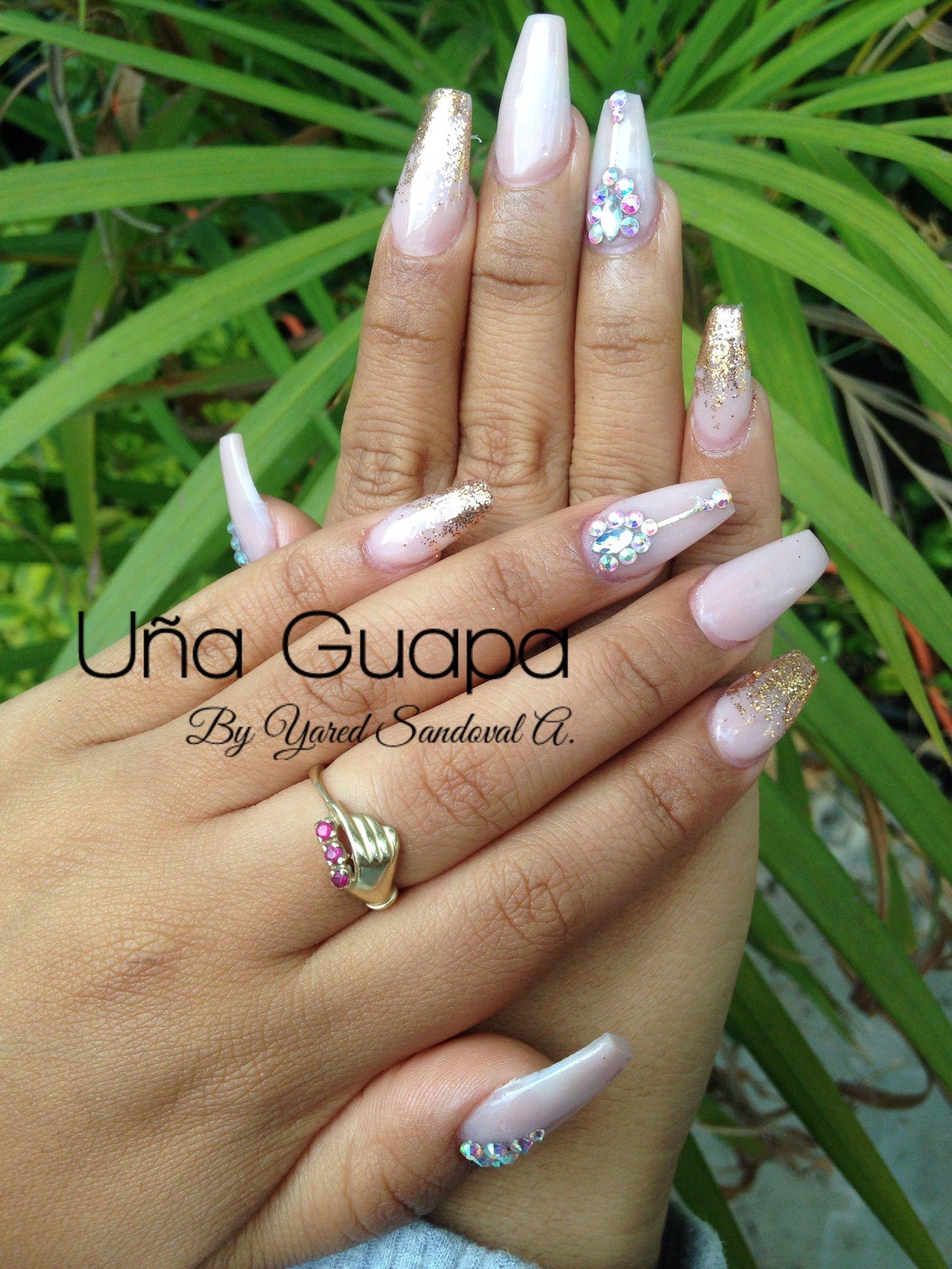 Famoso Uñas De Ataúd De Color Rosa Con Diamantes Friso - Ideas de ...