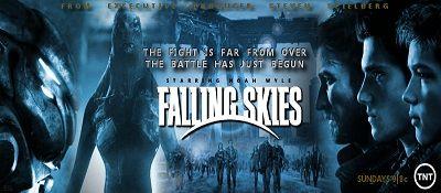 Falling Skies 4.Sezon 3.Bölümü Exodus adı verilen yeni bölümü ile 6 Temmuz Pazar günü devam edecek. TNT televizyonlarında yayınlanan Falling Skies 4.Sezon 3.Bölüm fragmanını seyredebilir ve yeni bölüme dair görüşlerinizi yorum yaparak ziyaretçilerimizle paylaşabilirsiniz.