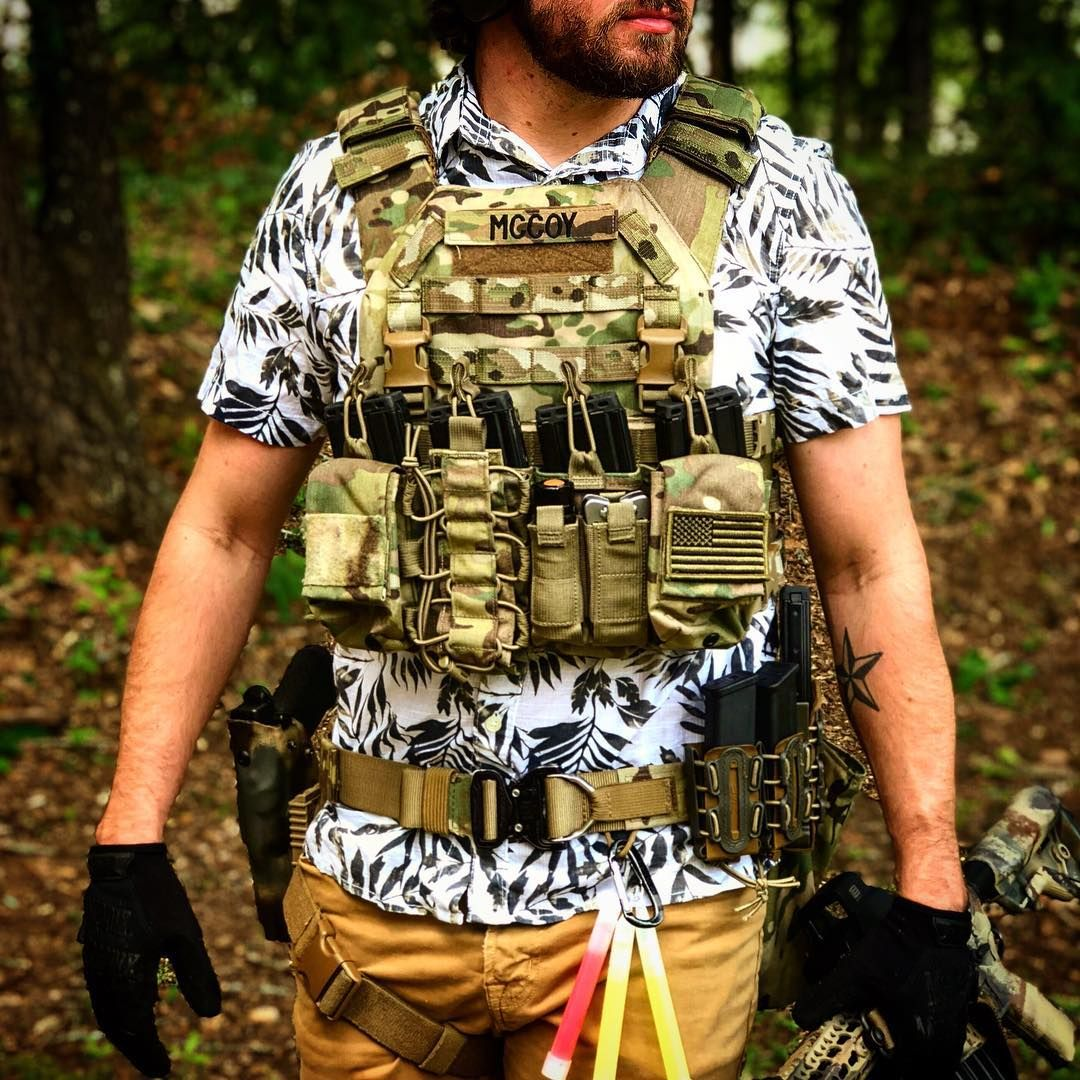 Full Gear Range Days Are The Best Now If Only I Was Actually As Cool As I Look Ar15alyn Catiarmor Plates War Grunt Style Bravo Company Plate Carrier