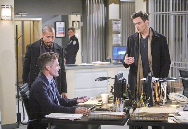 """There's no time to be """"helper elves""""!  Will Cane find Lily before it's too late? #YR #Lane"""