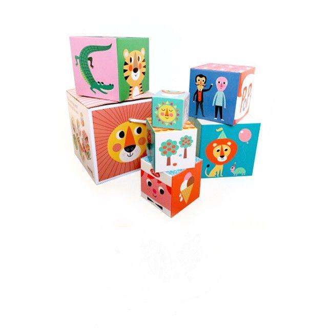 10 cubes empilables Ingela P Arrhenius Omm design Cube