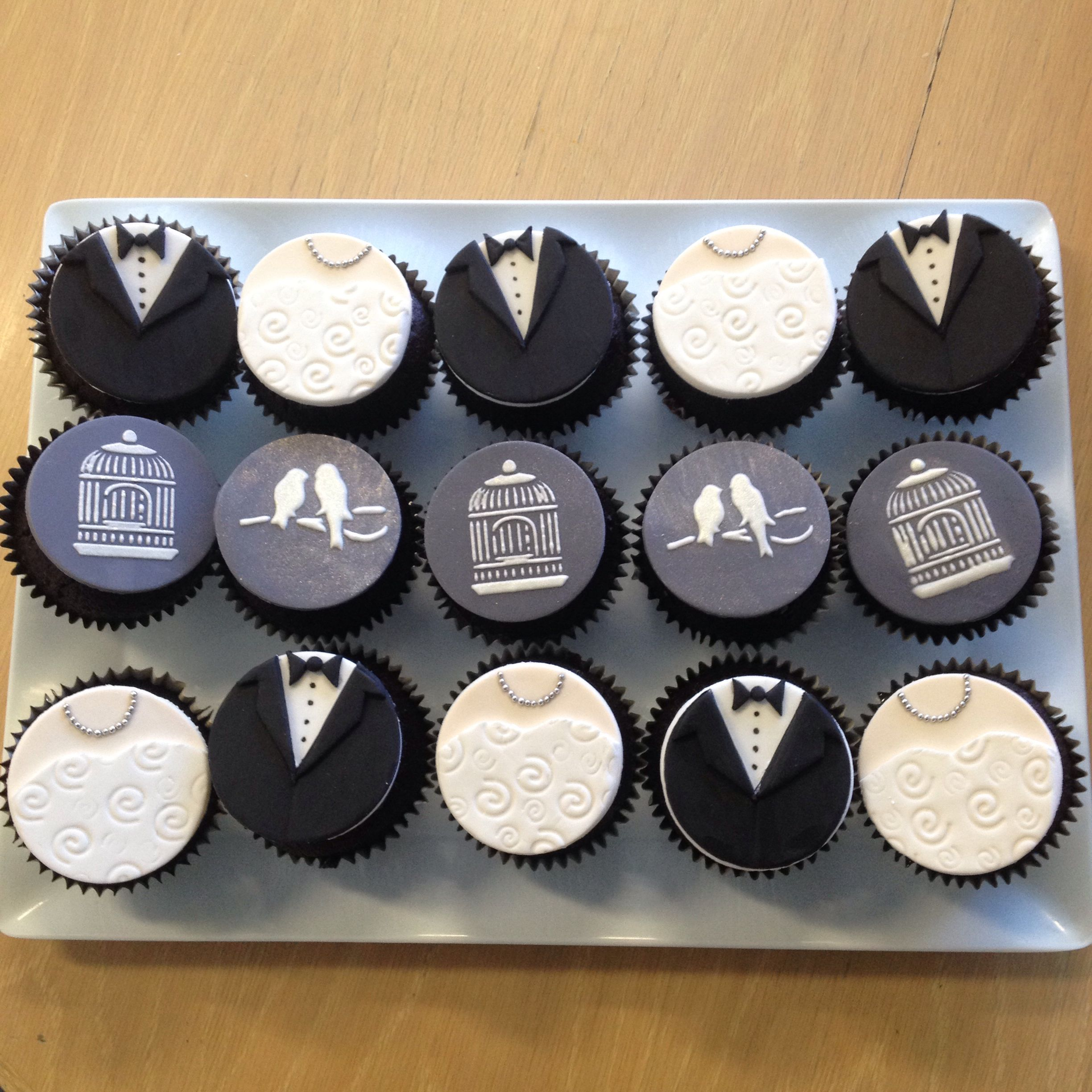 Surprise Gift For Groom On Wedding Day: My Bride & Groom Cupcakes, A Surprise Gift For A Workmates