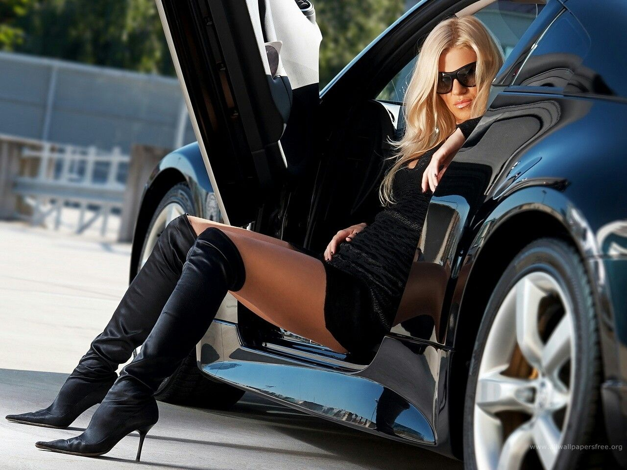 hd and cars wallpaper Sexy girls