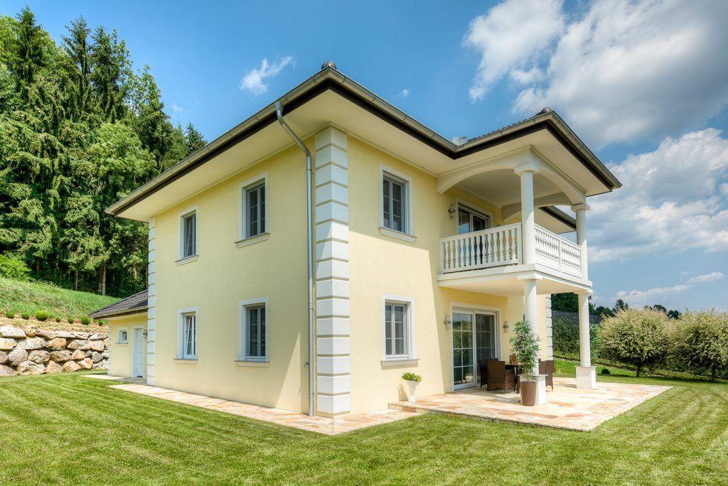 Massivhaus walmdach  Ziegel-Massivhaus mit WALMDACH in Peesen | Lieb Massivhaus ...