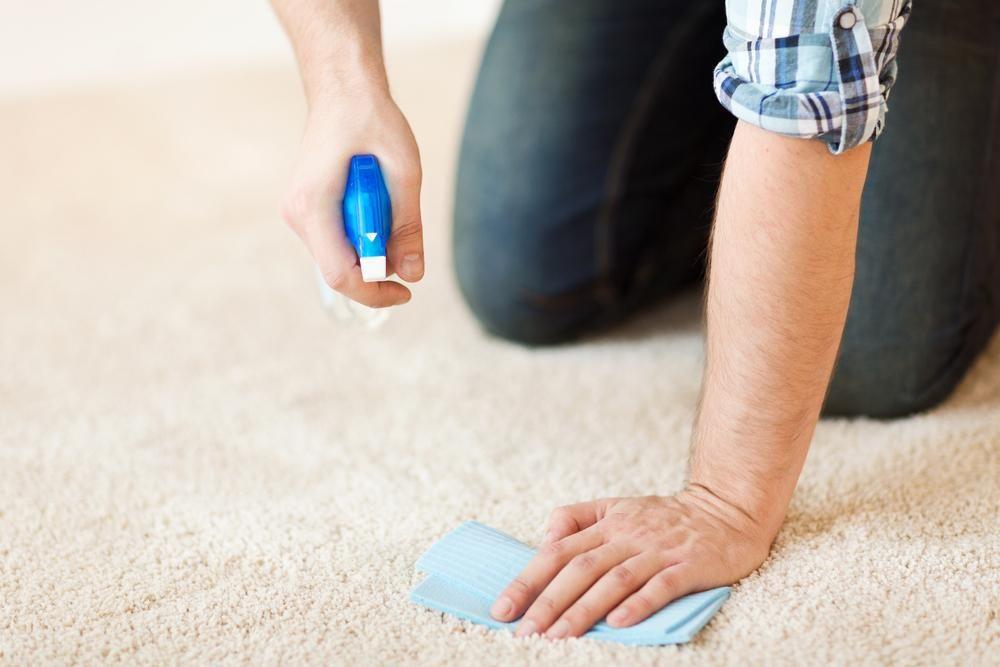 Éliminer une tache d'encre 10 trucs maison efficaces