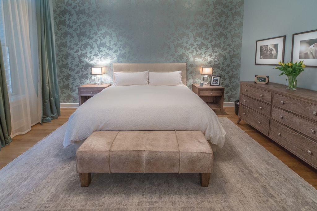 Dieses MasterSchlafzimmer kühle Grautöne Gleichgewicht