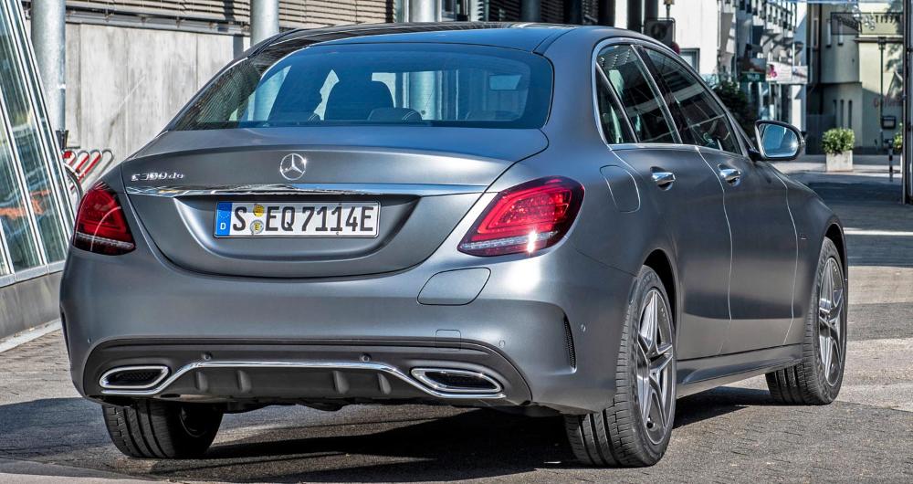 مرسيدس بنز سي كلاس سيدان 2020 سيارة العائلة الصغيرة العملانية الأنيقة والفاخرة موقع ويلز Benz C Mercedes Benz Benz