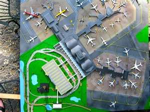 Homemade 1 400 Scale Airports Yahoo Image Search Results Lego City Airport Airport Design Airport