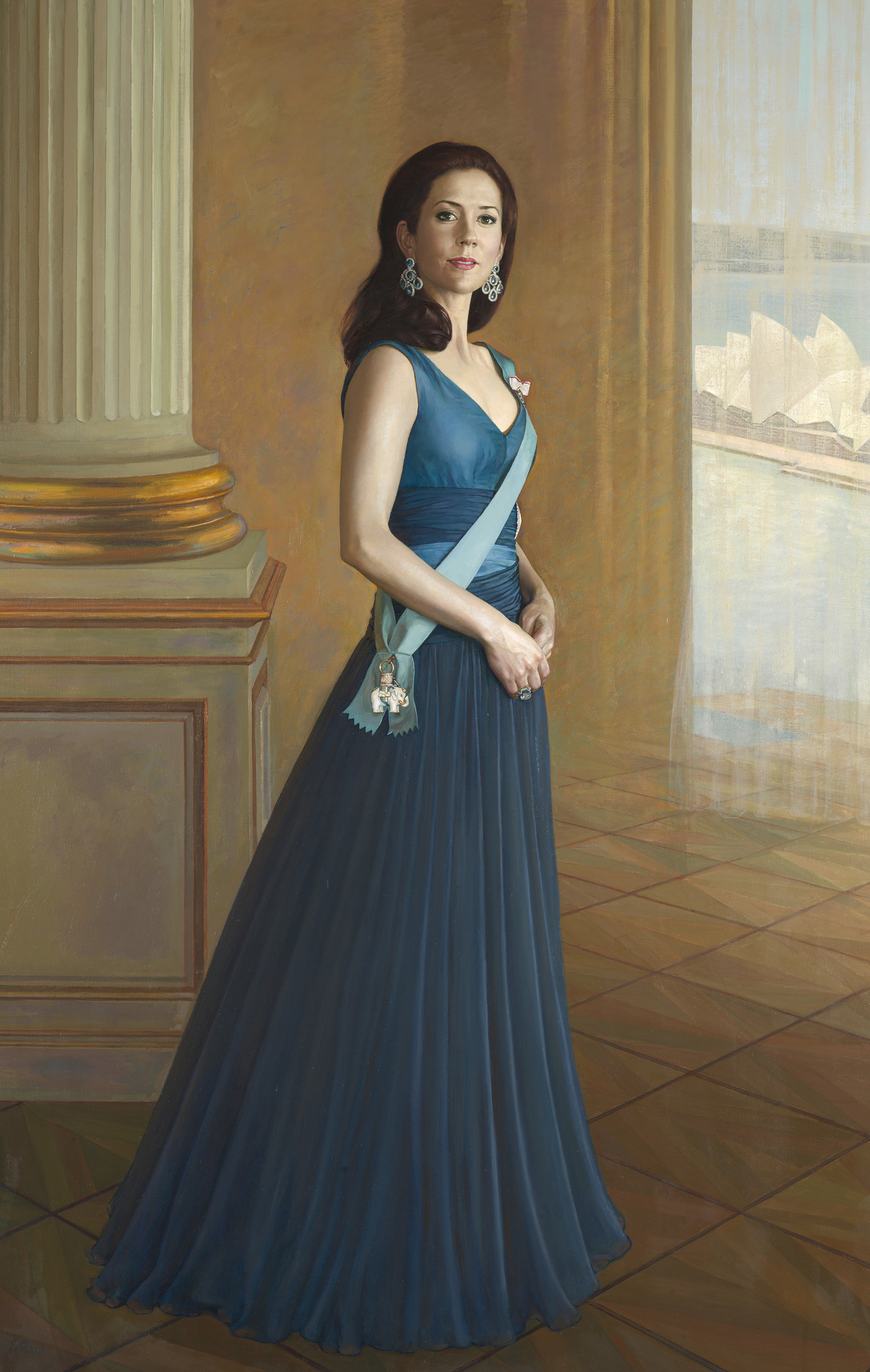 Portrait Of Hrh Crown Princess Mary Of Denmark 1000museums Princess Mary Formal Dresses Long Crown Princess Mary [ 2000 x 1269 Pixel ]