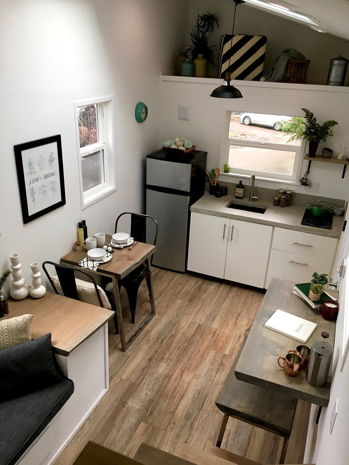 Modern Tiny House Interior: Midcentury Modern By Tiny Heirloom