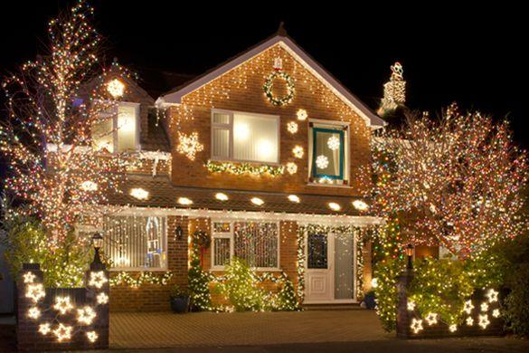Winter Wonderland Www Dgreetings Com Hanging Christmas Lights Christmas Lights Outside Led Christmas Lights