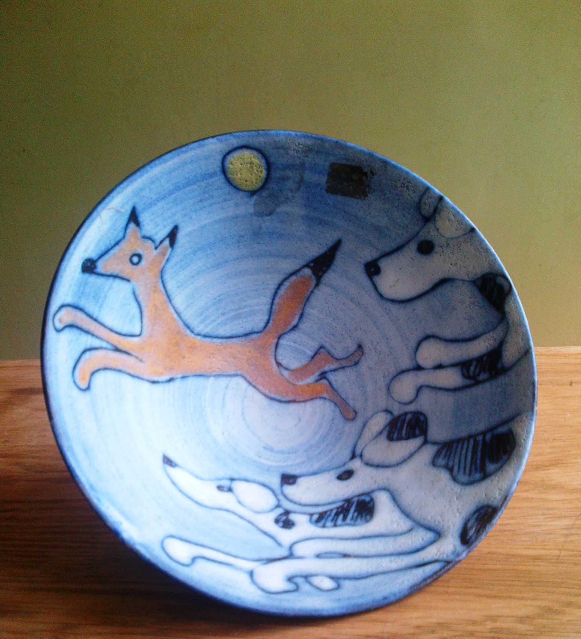 Tessa Fuchs bowl - fox and hounds @ 2004