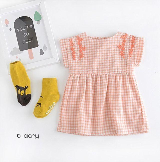 B Diary Gingham Embroidery Dress . . #jujubunnyshop #jujubunny #bdiary #babydress #kidswear #kidsootd