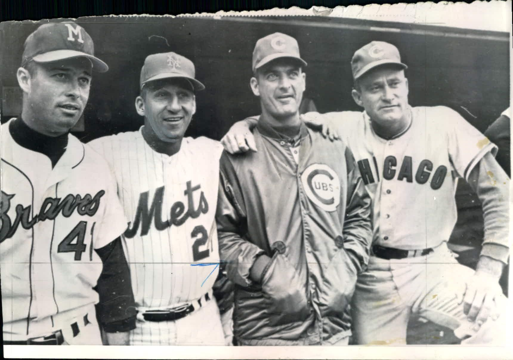 A Poignant 1965 Photo Milwaukee Braves Third Baseman Eddie Mathews With Former 1950s Braves Teammates Warren Mlb Uniforms Baseball History Baseball Posters