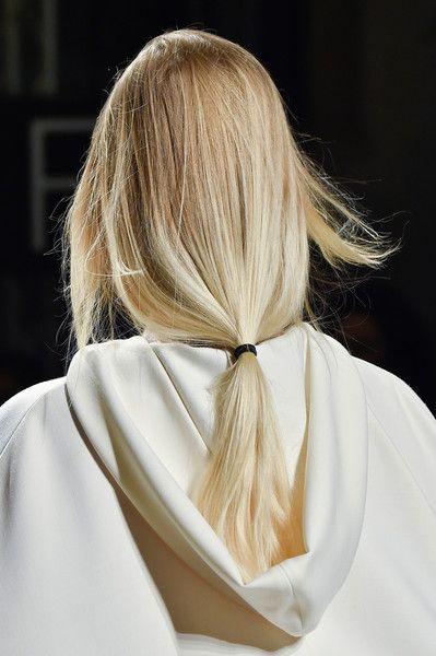 Philosophy Di Lorenzo Serafini At Milan Fashion Week Fall 2015 Hair Beauty Dream Hair Philosophy Di Lorenzo Serafini